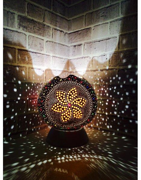 Beyaz abajur su kabağı lamba